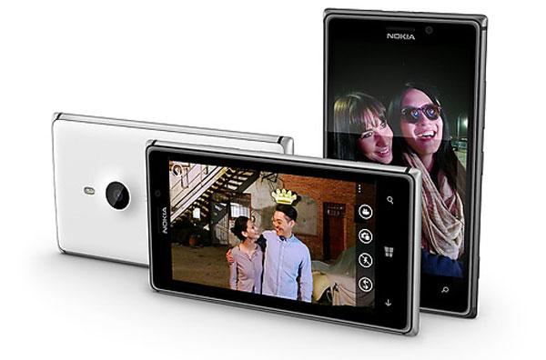 Nokia-Lumia-925-04