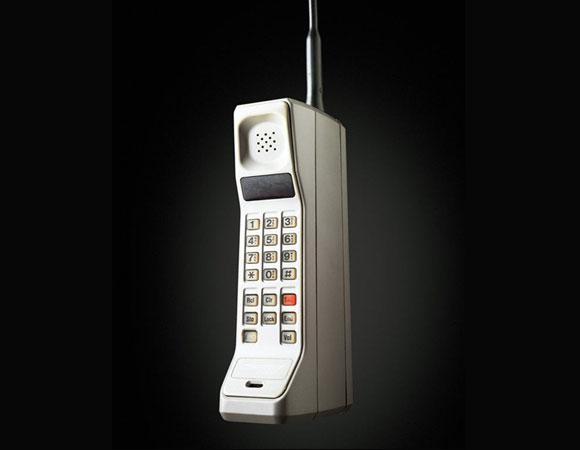 a4f41118240 La evolución de los celulares 30 años después 1983-2019 – Social Geek