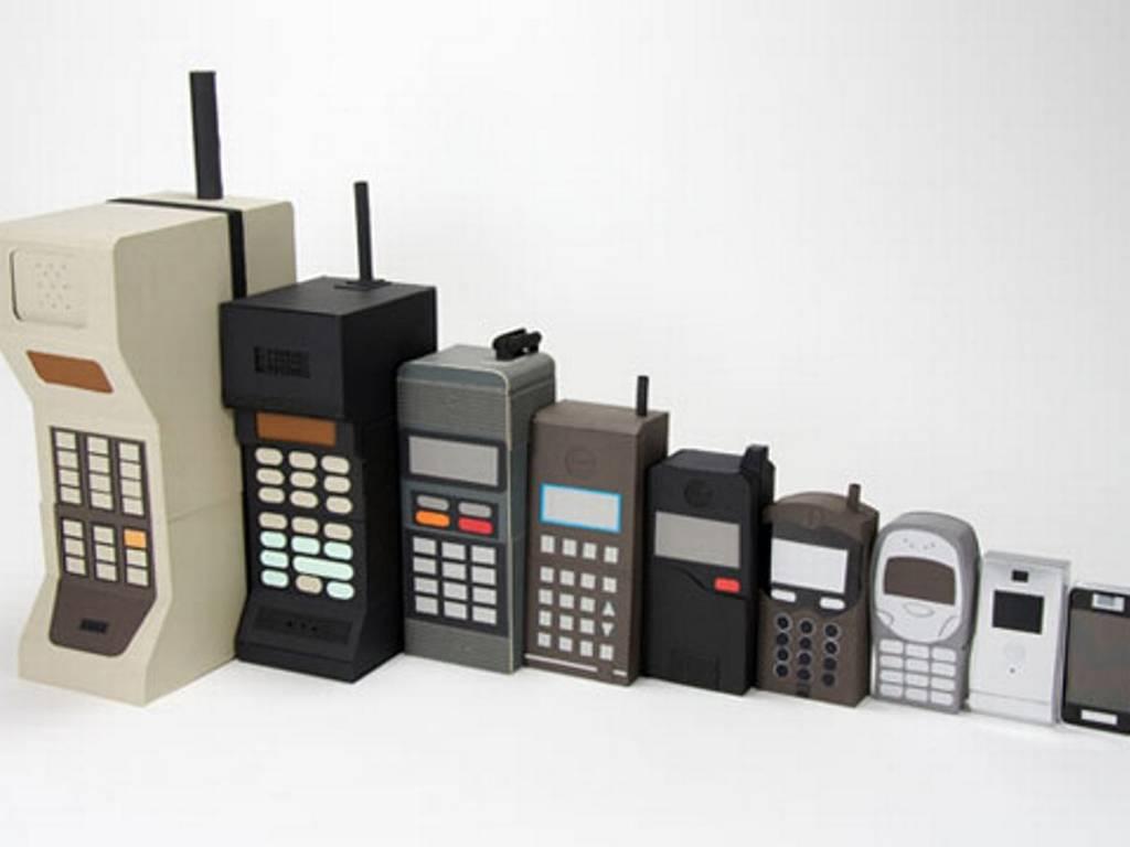 Fotos de telefonos celulares antiguos y modernos 83