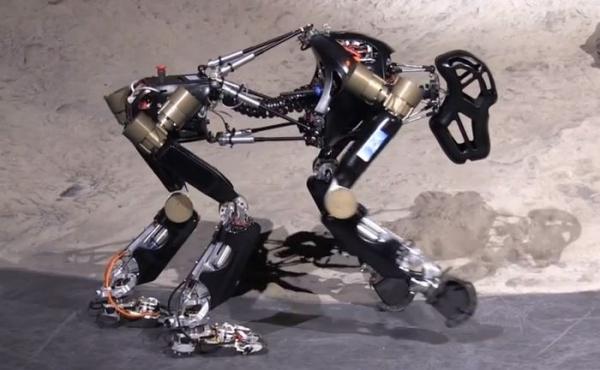 iStruct mono robótico