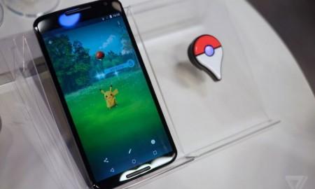 Pokémon_GO_en_un_smartphone