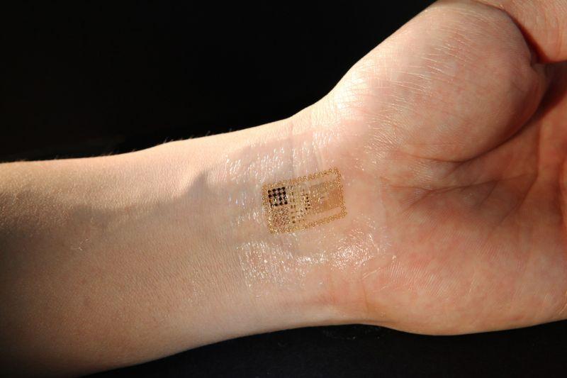 Compañía instalará microchips en sus empleados