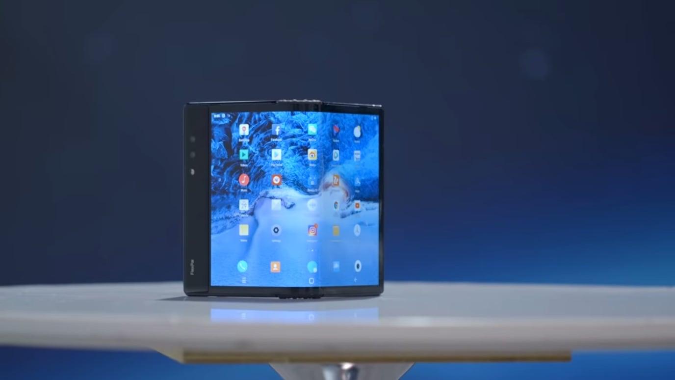 El Teléfono Y Teclado Flexible Flexpai De Royole Se: Royole FlexPai, El Primer Smartphone Flexible Comercial