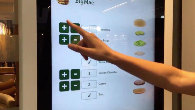 Falla en menús interactivos de McDonald's permite realizar pedidos gratis — Vídeo